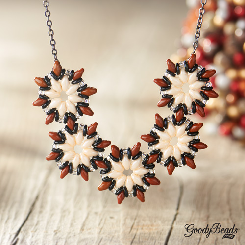 GoodyBeads | Blog: SuperDuo star blooms poinsetta necklace with FREE tutorial