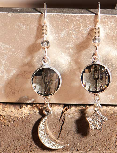 GoodyBeads | Blog: Moon and Star Earrings - Celestial theme